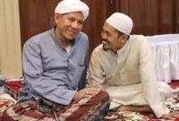 Ustadz Hasan Basri Bersama habib Segaf baharun